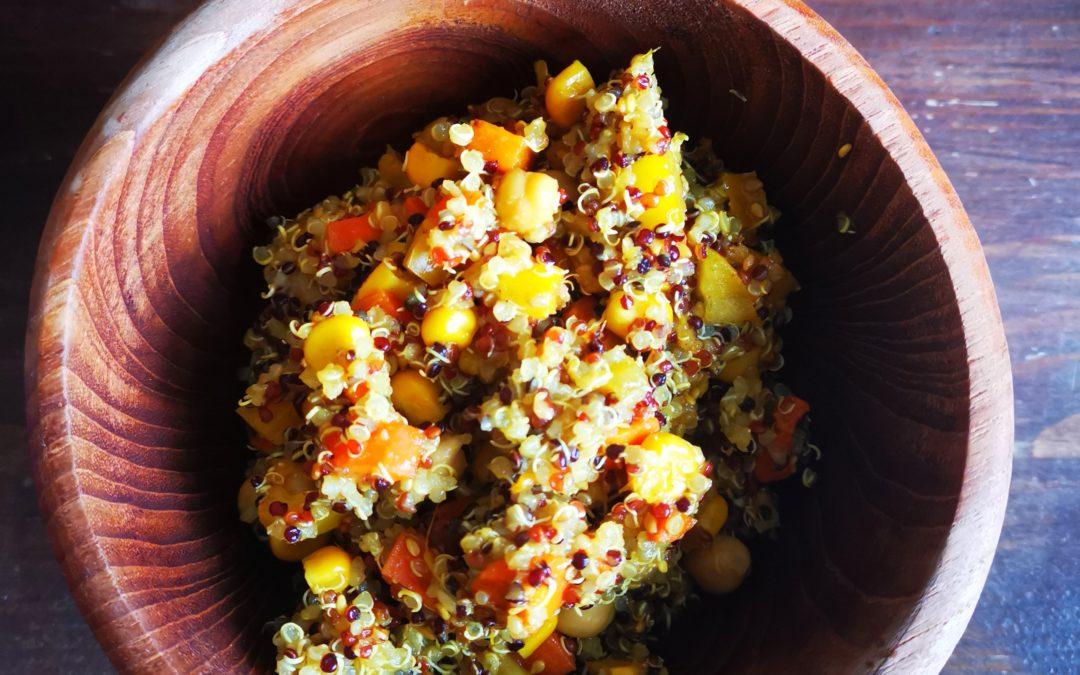 Goldener Quinoa-Salat